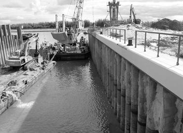 Строительство плотин и шлюзов