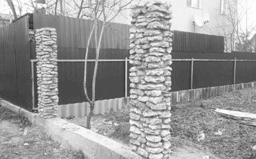 Каменные опоры для заборов и ворот