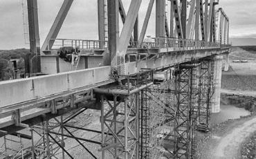 Опоры из б/у труб при строительстве мостов и путепроводов